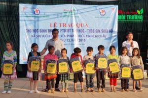 """Công ty Botania tham gia chương trình từ thiện """"Vì trẻ em nghèo vùng cao"""""""