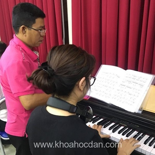 học đàn piano ở đâu tốt