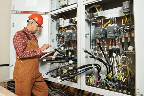 thiết bị điện công nghiệp là gì